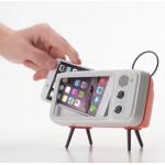 把手機變電視看教學影片.追劇通通行【懶人專利】手機桌面支架復古電視收音機可愛創意藍芽音箱/懶人支架/手機支架/數碼相框
